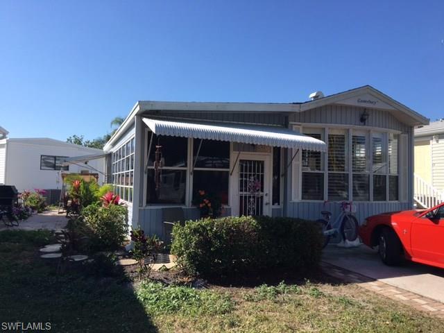4551 Washington Way E, Estero, FL 33928