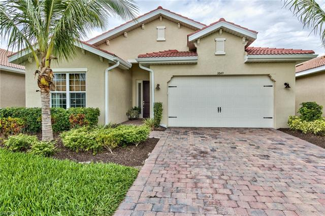 3849 King Williams St, Fort Myers, FL 33916