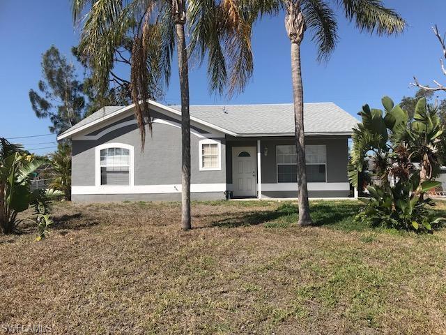 18464 Iris Rd, Fort Myers, FL 33967
