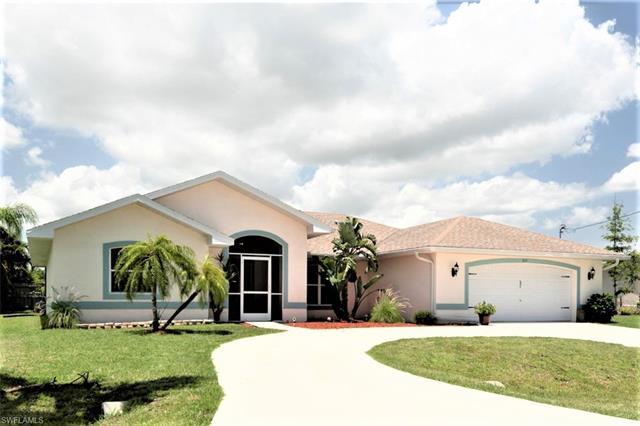 831 52nd St, Cape Coral, FL 33914