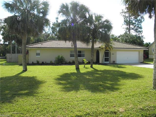 14821 Martin Dr, Fort Myers, FL 33908