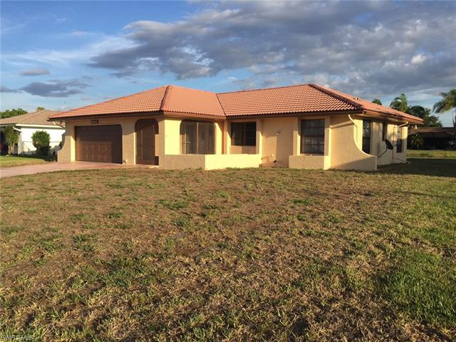 202 Gateside St, Lehigh Acres, FL 33936