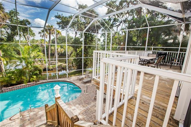 235/237 Nature View Ct, Fort Myers Beach, FL 33931