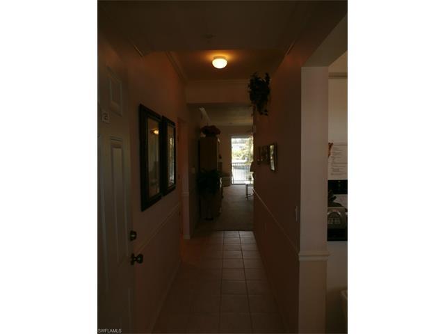 16585 Lake Circle Dr N 125, Fort Myers, FL 33908