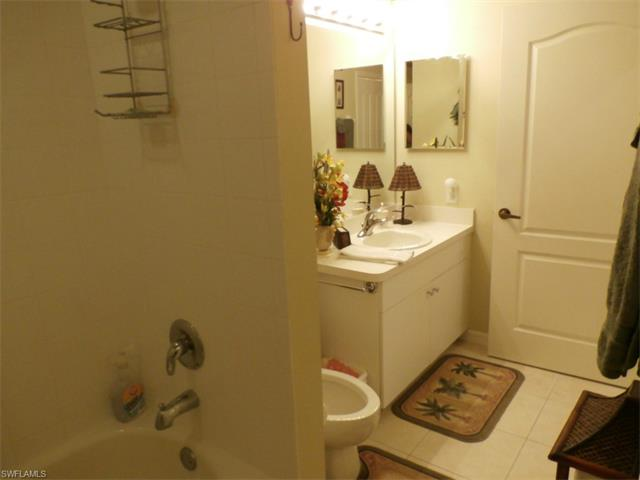 16605 Lake Circle Dr ,#345, Fort Myers, FL 33908