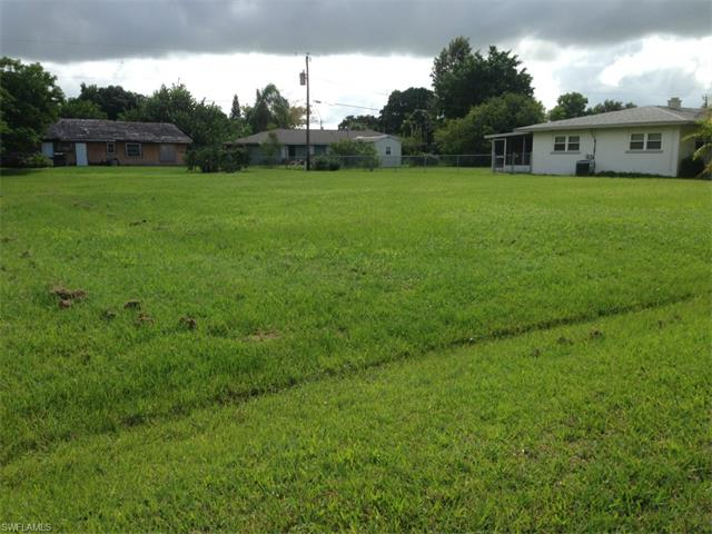 2226 Iris Way, Fort Myers, FL 33905