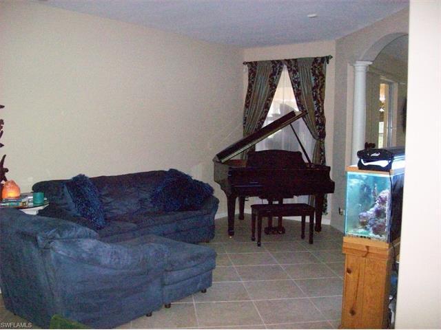 3299 Hampton Blvd, Alva, FL 33920