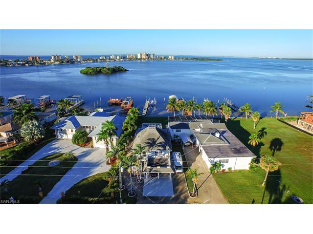 805 San Carlos Dr, Fort Myers Beach, FL 33931