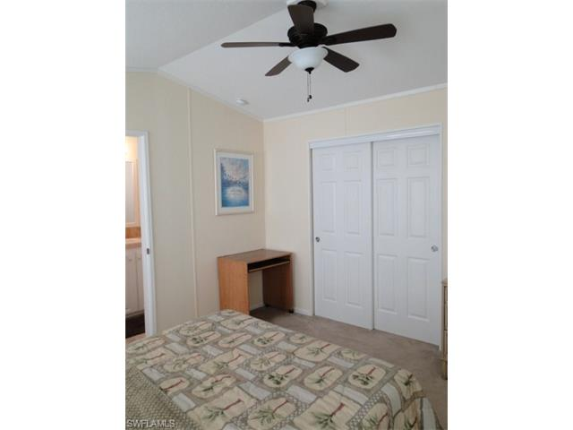 56 Oyster Bay Ln, Fort Myers Beach, FL 33931