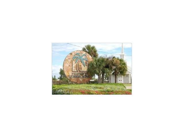 1528 Gretchen Ave S, Lehigh Acres, FL 33973
