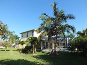 4716 Sw 25th Pl, Cape Coral, FL 33914
