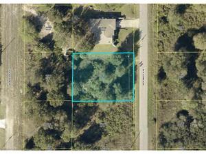 1519 Mckinley Ave, Lehigh Acres, FL 33972