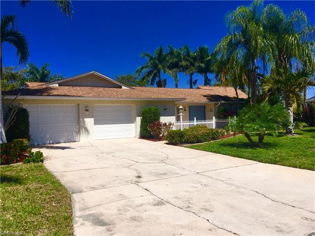907 S Town And River Dr, Fort Myers, FL 33919