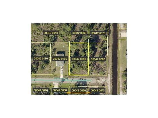 3102 44th St W, Lehigh Acres, FL 33971
