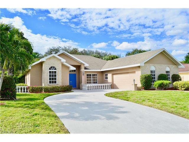 354 Prather Dr, Fort Myers, FL 33919
