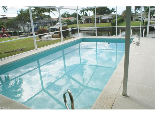 4920 Sw 3rd Ave, Cape Coral, FL 33914