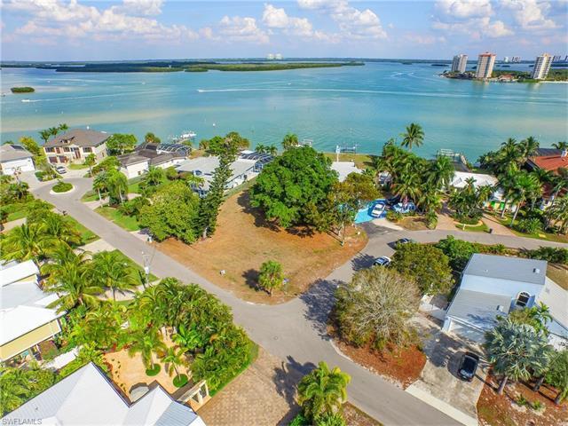 254 Estrellita Dr, Fort Myers Beach, FL 33931