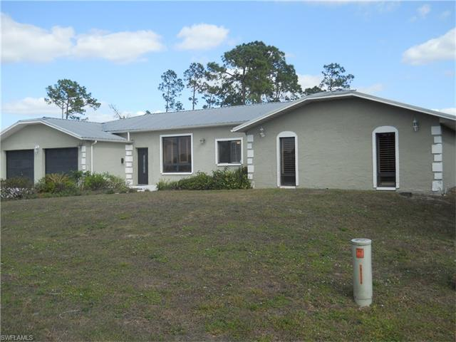 902 5th Ave, Lehigh Acres, FL 33972