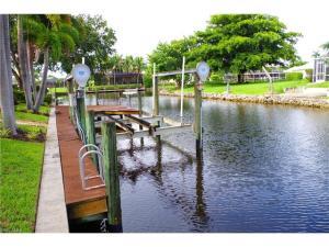 5965 Baker Ct, Fort Myers, FL 33919