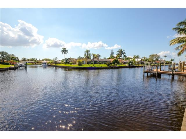846 Cypress Lake Cir, Fort Myers, FL 33919