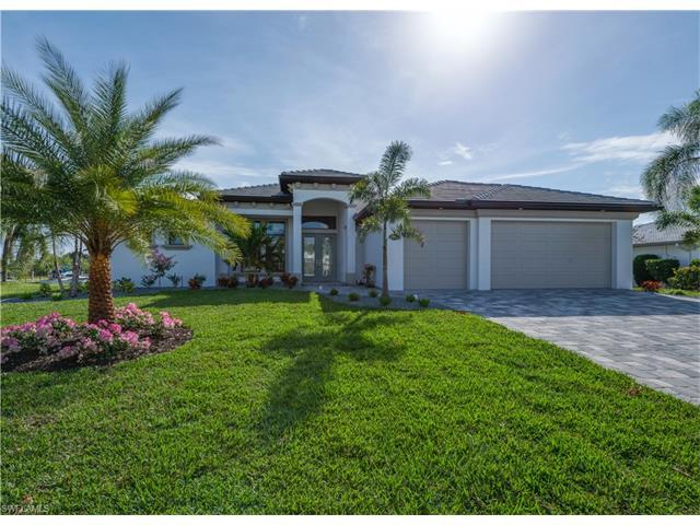1042 Clarellen Dr, Fort Myers, FL 33919
