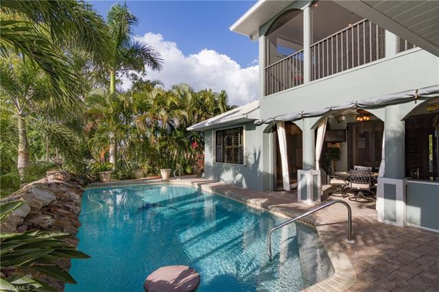 2550 Sw 27th Pl, Cape Coral, FL 33914