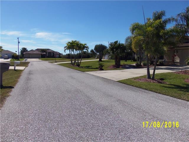 2007 Ne 7th Ave, Cape Coral, FL 33909