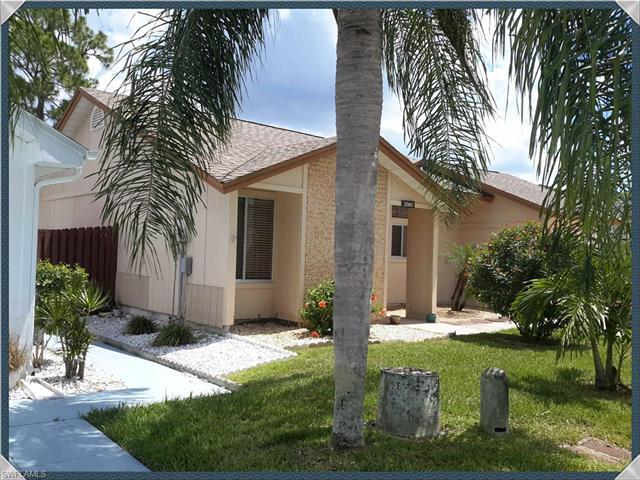 5560 Longleaf Dr, North Fort Myers, FL 33917