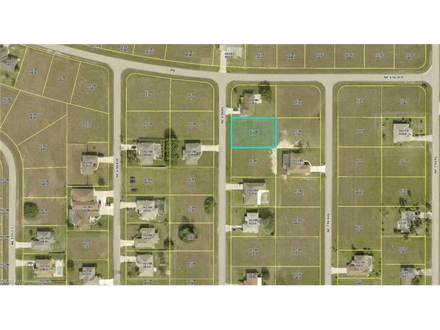 639 Ne 6th Pl, Cape Coral, FL 33909