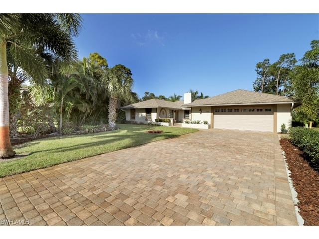 1749 Knights Way, Naples, FL 34112