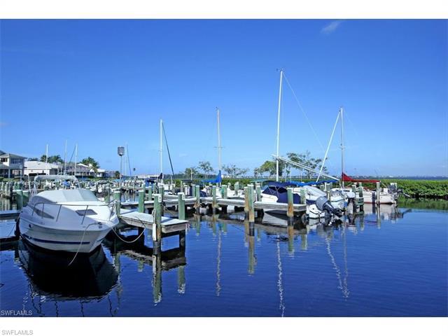 12510 Marina Club Dr, Fort Myers, FL 33919