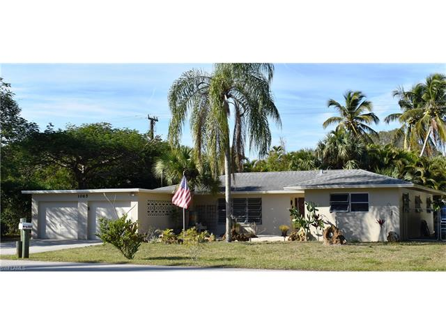 1065 N Town And River Dr, Fort Myers, FL 33919