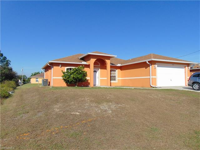 2902 Colin Ave S, Lehigh Acres, FL 33976