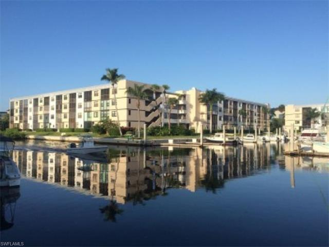 805 River Point Dr C-104, Naples, FL 34102