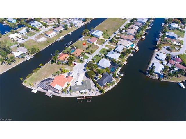 4866 Regal Dr, Bonita Springs, FL 34134