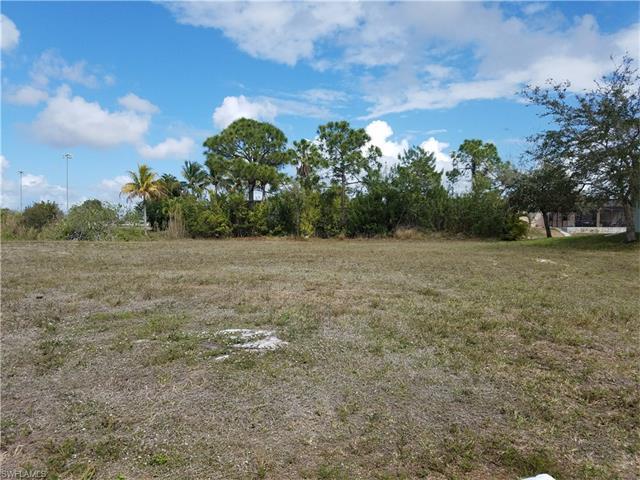 631 Sw 15th Ter, Cape Coral, FL 33991