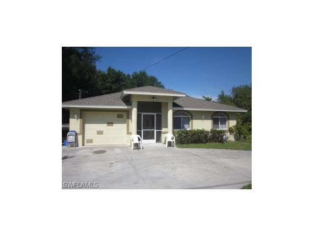 1518 Raleigh St, Fort Myers, FL 33916