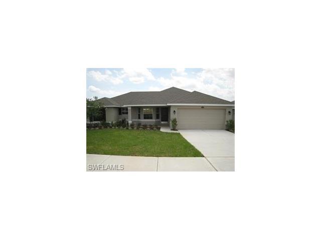 3019 9 St W, Lehigh Acres, FL 33971