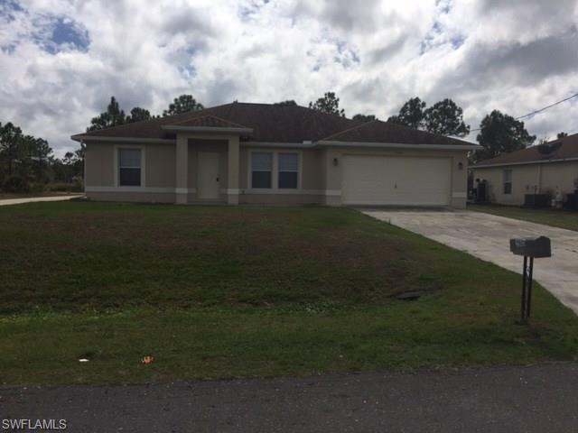 2905 45th St W, Lehigh Acres, FL 33971