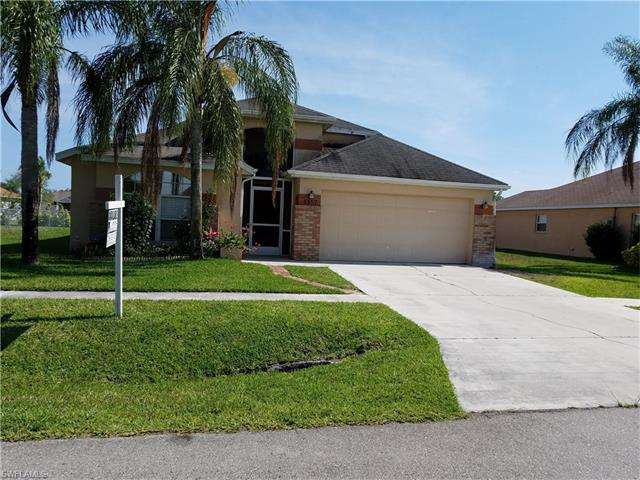 4557 Varsity Cir, Lehigh Acres, FL 33971