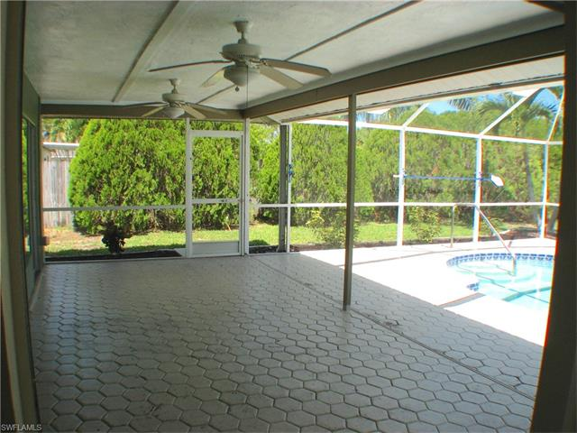 1317 Se 11th Ter, Cape Coral, FL 33990