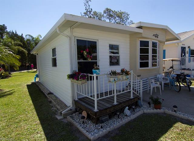 10923 Ground Dove Cir, Estero, FL 33928