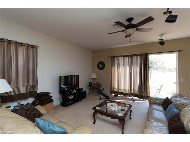 2472 Keystone Lake Dr, Cape Coral, FL 33909