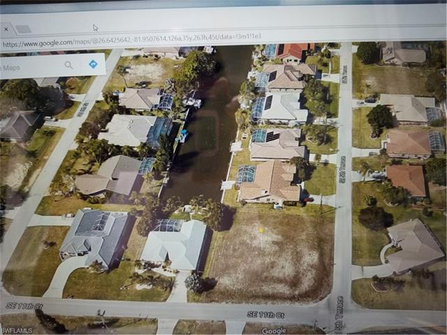 520 Se 11th Ct, Cape Coral, FL 33990