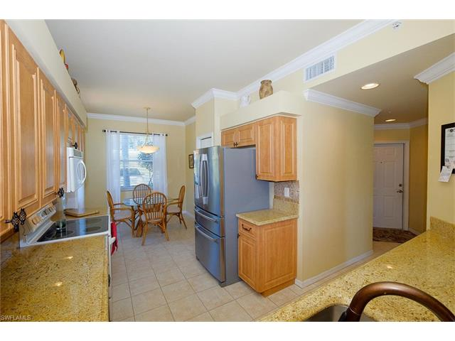 8066 Queen Palm Ln 518, Fort Myers, FL 33966
