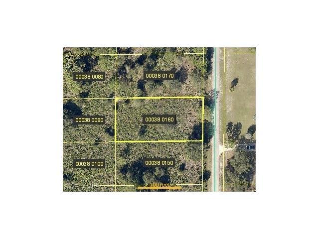 1507 Euclid Ave, Lehigh Acres, FL 33972