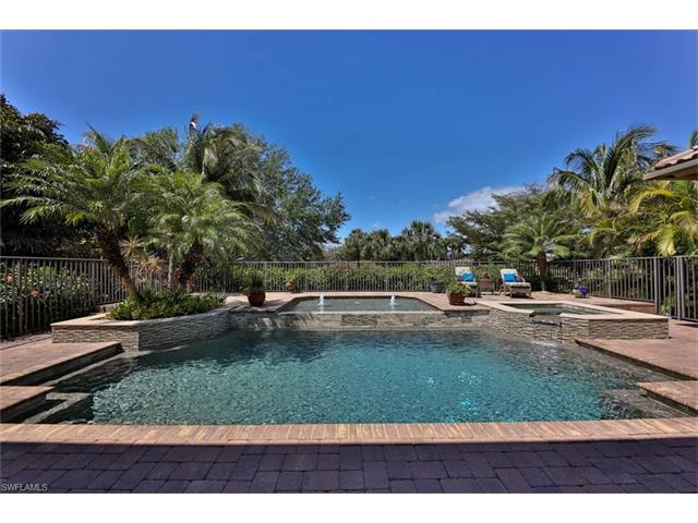 6841 Lakewood Isle Dr, Fort Myers, FL 33908