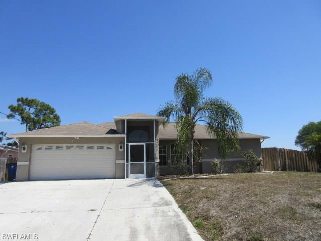 918 Alvin Ave, Lehigh Acres, FL 33971