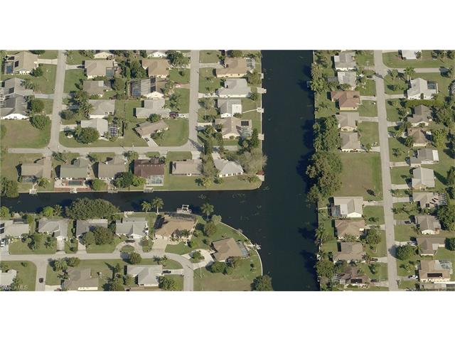 2040 Se 6th Ln, Cape Coral, FL 33990