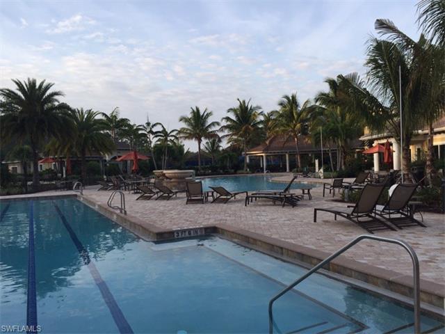 11891 Dixon Dr, Fort Myers, FL 33913
